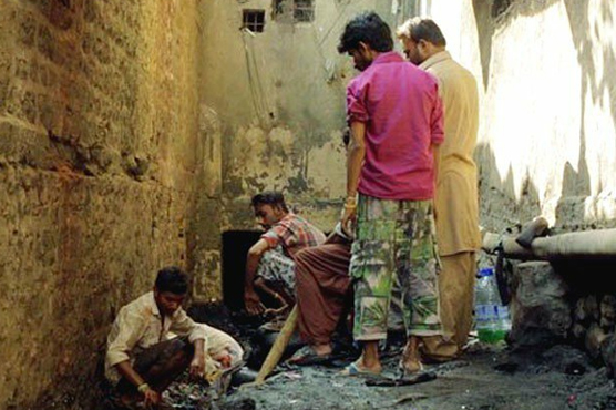 """پاکستانی طلبا کی فلم """"واٹ اے ویسٹ"""" کینز فیسٹیول کیلیے منتخب"""