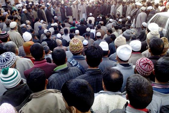 بھارت اپنی ہٹ دھرمی سے باز نہ آیا…. مقبوضہ کشمیر میں نماز جمعہ پر پابندی