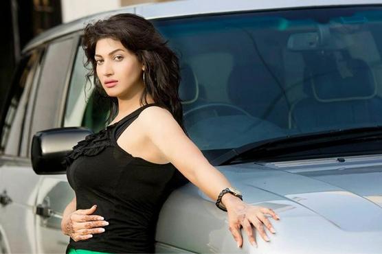 فلمسٹار ثنا ءرواں ہفتے دوبارہ لاہور آئیں گی