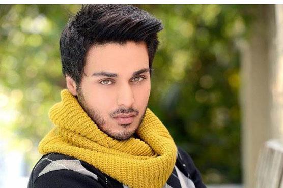 احسن خان نے 4ایوارڈز جیت کر مقبول فنکاروں کو پیچھے چھوڑ دیا