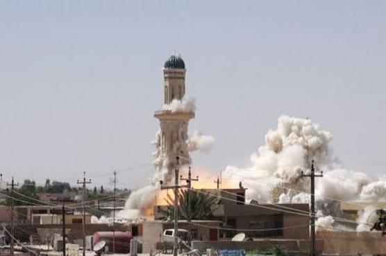 عراق : داعش نے تاریخی مسجد شہید کر دی ، میناروں کو بموں سے اڑا دیا