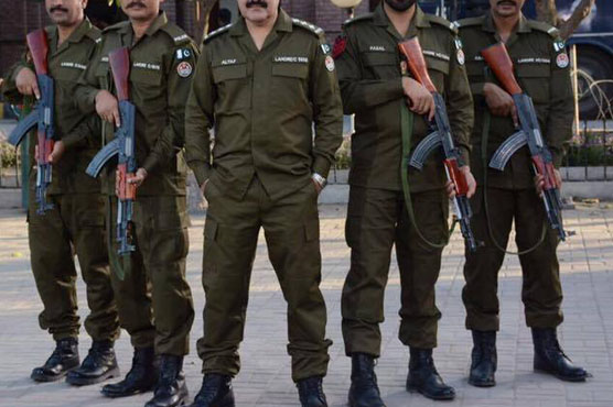 """پولیس کی ناقص کارکردگی سے 18 ہزار اشتہاری لاہور میں دندنانے لگے """" خبریں """" میں حقائق سامنے آ گئے"""
