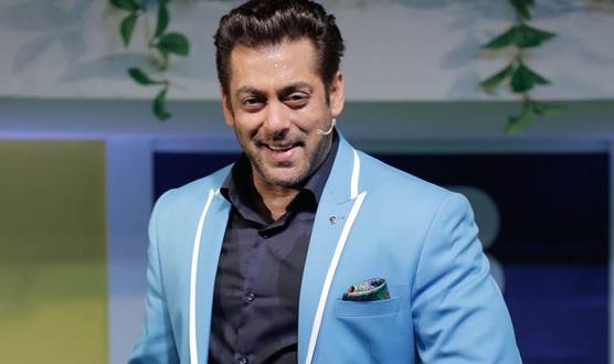 شاہ رخ اور اکشے کمار بہترین ٹی وی میزبان ہیں