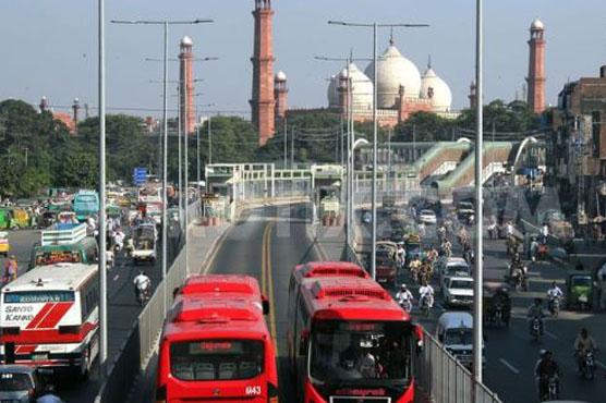 لاہور بڑی تباہی سے بچ گیا