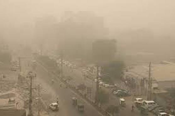 پنجاب کے مختلف علاقے سموگ کی لپیٹ میں، شہری بیمار ہونے لگے