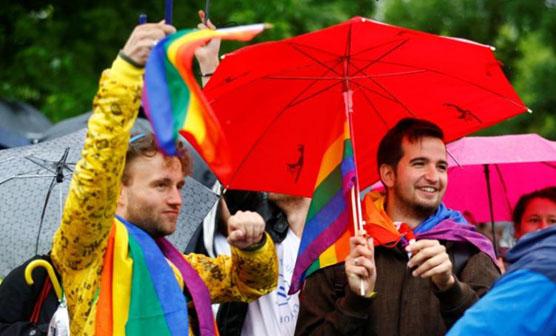 ہم جنس پرستوں کی پہلی سرکاری شادی