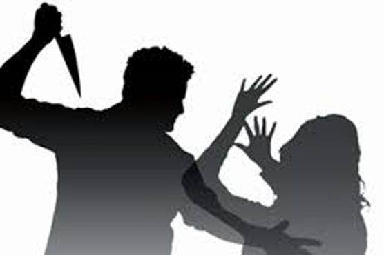 شراپ چرس پےودوستوں کو خوش کرو انکار پر5ویں بیوی پر تشدد قتل کی د ھمکی