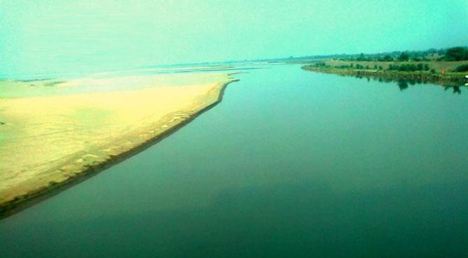 بھارت نے دریائے چناب کا پانی روک لیا