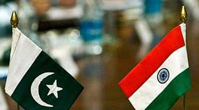 پاکستان کا ایک بار پھر بھارت سے فائنل میں ٹکراﺅ
