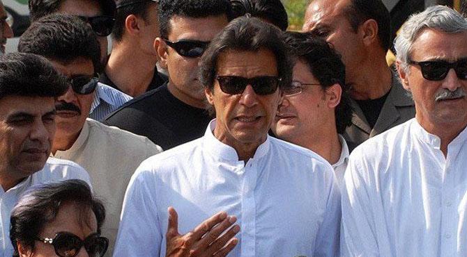 پی ٹی آئی سینیٹرز پیپلز پارٹی اور (ن) لیگ کو ووٹ نہیں دیں گے، عمران خان