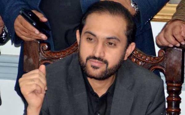 وزیر اعلی بلوچستان کا عام مسافر بس میں لاہور تا اسلام آباد سفر