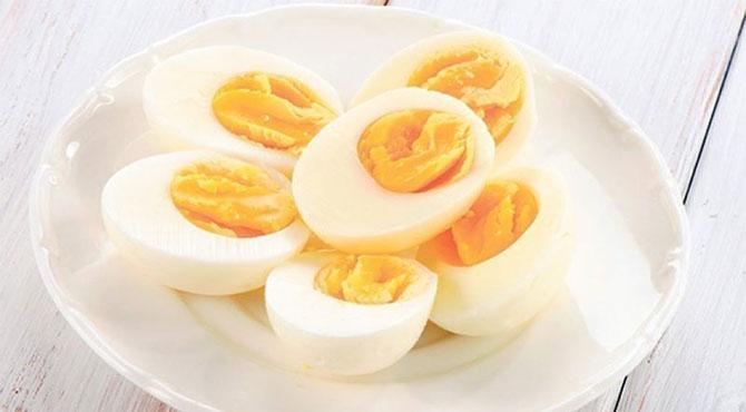 کیا شوگر کے مریض کو انڈا کھانا چاہئیے ؟ کہیں امراض قلب کا خطرہ تو نہیں ؟