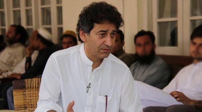وزیر اعلیٰ پختونخوا ،عمران خان نے پرویز خٹک نہیں بلکہ ایسا نام منظور کر لیا کہ باقی سب منہ دیکھتے رہ گئے
