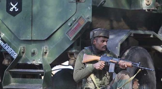 مقبوضہ کشمیرمیں مسلح افراد کے حملے میں میجر سمیت 4 بھارتی فوجی ہلاک