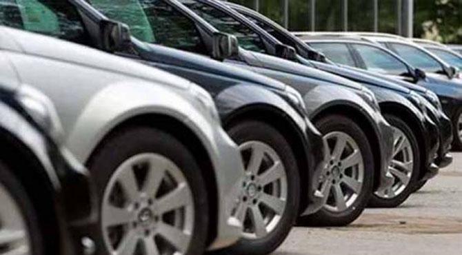 کیا واقعی سیف الرحمان کے سیف ہاؤس سے ملنے والی گاڑیاں قطری سفارتخانے کی ہیں؟ منیجر نے ہی بھانڈا پھوڑ دیا