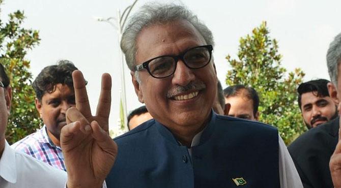 پی ٹی آئی کے عارف علوی پاکستان کے نئے صدر منتخب