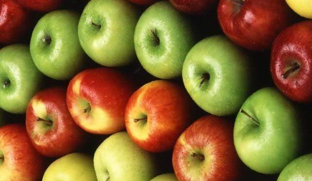 سیب کھائیں اور ڈاکٹر کے ساتھ بڑھاپے سے بھی دور رہیں