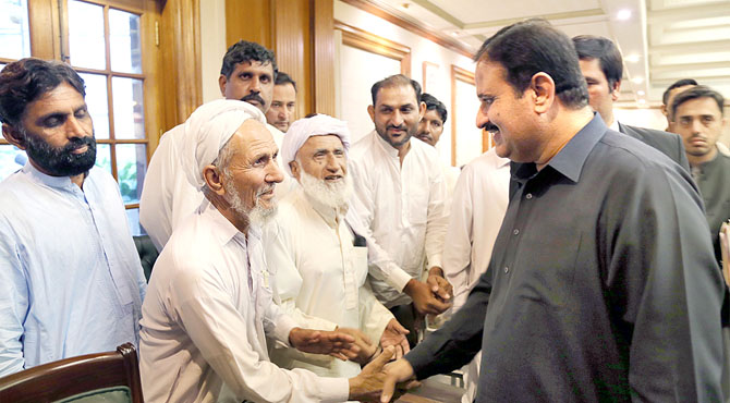 موجودہ مشکل وقت عارضی ،قوم کی حمایت سے چیلنجز پر قابو پائیں گے ،عثمان بزدار