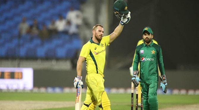آسٹریلیا نے دوسرے ون ڈے میں بھی پاکستان کو ہرا دیا