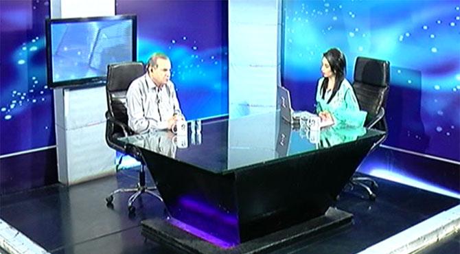 """ادویات مہنگی کرپشن الزامات ،عامر کیانی کیخلاف نیب کی تحقیقات ،عمران خان کا بر طر فی کا فیصلہ درست ثابت :معروف صحافی ضیا شاہد کی چینل ۵ کے پروگرام """" ضیا شاہد کے ساتھ """" میں گفتگو"""