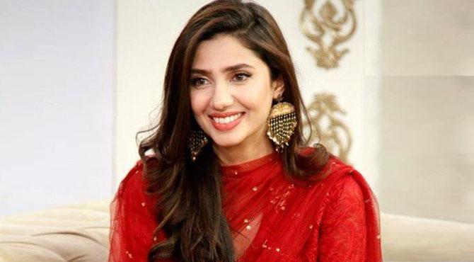 ماہرہ خان نے فلم 'پرے ہٹ لو' میں اپنے گانے کی پہلی جھلک جاری کردی