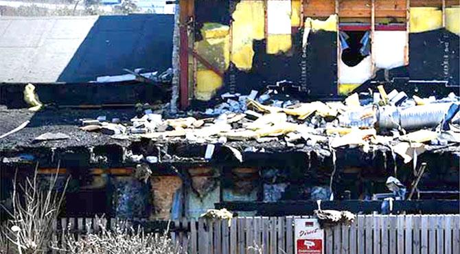 ناروے: شرپسندوں نے مسجد کو آگ لگادی، عمارت شدید متاثر