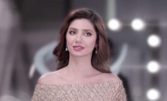 """"""" پاکستان فلم انڈسٹری """" ماہرہ خان نے دل کی بات کہہ دی"""