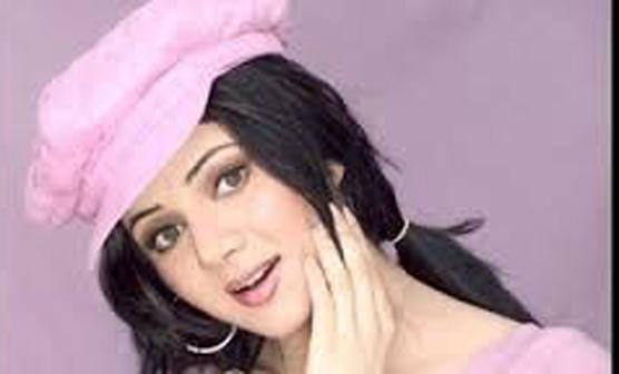 """رابی پیرزادہ کی بطور ہیروئن فلم """"شورشرابا""""عید کی دوڑ سے باہر"""