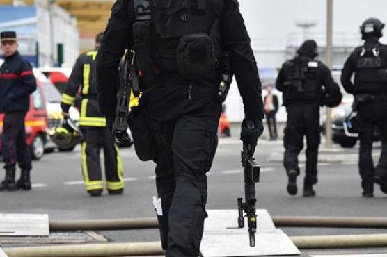 امریکی ہسپتال میں مسلح شخص  کی فائرنگ ، کئی افراد زخمی