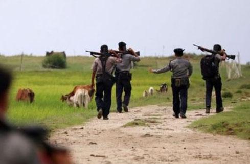 برمی فوجیوں کی مسلمانوں کو دہشتگردقرار دینے کی سازش بے نقاب ،ویڈیو وائرل