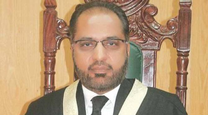 جسٹس شوکت صدیقی کیخلاف سپریم جوڈیشنل کونسل کی کاروائی روکنے کی استدعا مسترد
