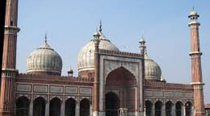 دہلی کی جامع مسجد میں دراڑیں' جگہ جگہ سے پلاسٹراکھڑ گیا