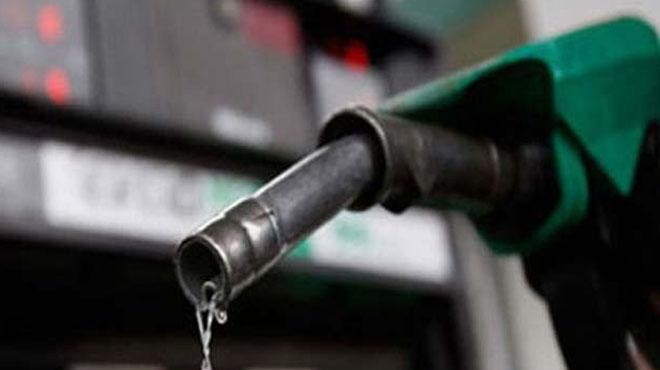 حکومت نے عوام پر پٹرول بم گرا دیا، پٹرول کی قیمت میں تین روپے 56 پیسے اضافہ