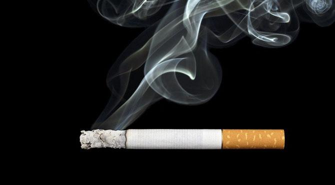 """""""اینٹی سموکنگ ڈے""""دنیا بھر میں کونسا ملک تمباکو نوشی میں اول اور آخری نمبر کس کا ہے ،دیکھئے خبر"""