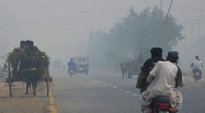 لاہور میں سموگ کا راج، ایئر کوالٹی انڈیکس 270 ریکارڈ کیا گیا