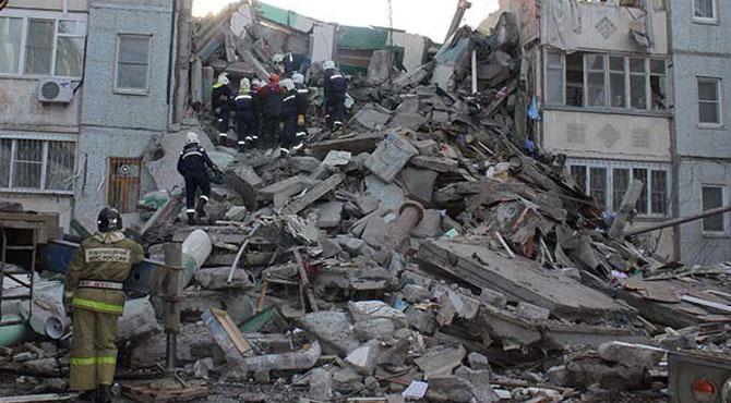 روس میں رہائشی عمارت میں دھماکا، 3 افراد ہلاک اورمتعدد ملبے تلے دب گئے