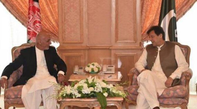 وزیر اعظم عمران خان سے افغان صدر کی ملاقات ، پاکستان کا خطے میں امن کی خواہش کا اعادہ