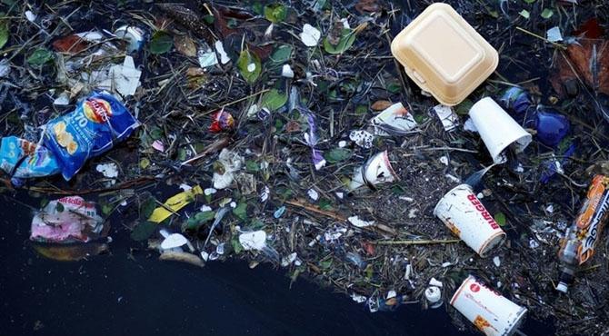 سمندری پلاسٹک وبال جان بن گیا ، 180 ممالک سر جوڑ کر بیٹھ گئے