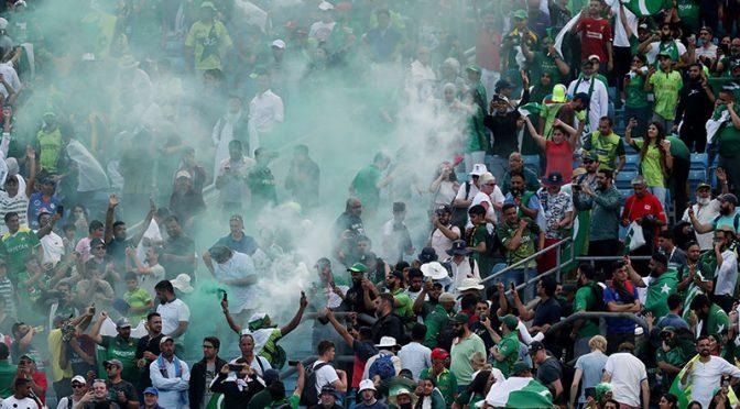 ورلڈ کپ میں پاکستان مخالف بینرز، حکومت نے معاملہ سفارتی سطح پر اٹھا لیا