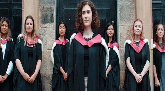 برطانیہ میں میڈیکل کی 7 طالبات کو 150 سال بعد ڈگری تفویض