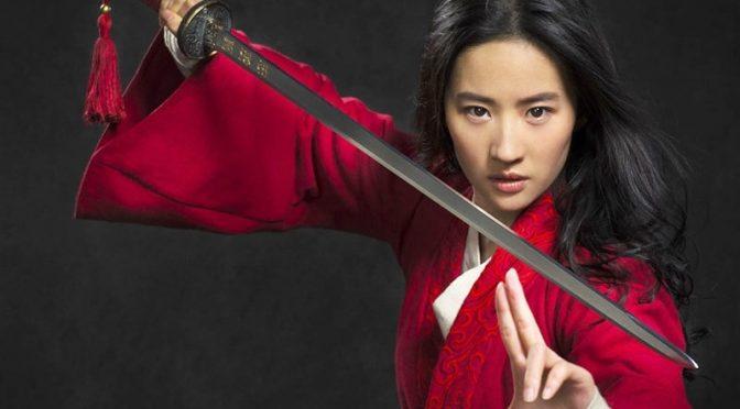چینی جنگجو لڑکی 'مولان' کی تلوار بازی دیکھ کر دنیا دنگ