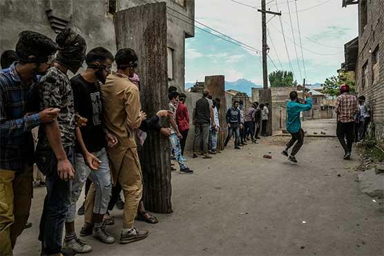 مقبوضہ کشمیر میں بھارتی جبری پابندیاں 67 ویں روز میں داخل،حریت رہنما ءبدستور جیلوں میں بند