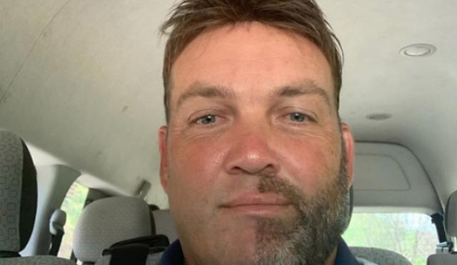 جیک کیلس نے آدھی داڑھی مونچھ صاف کردی