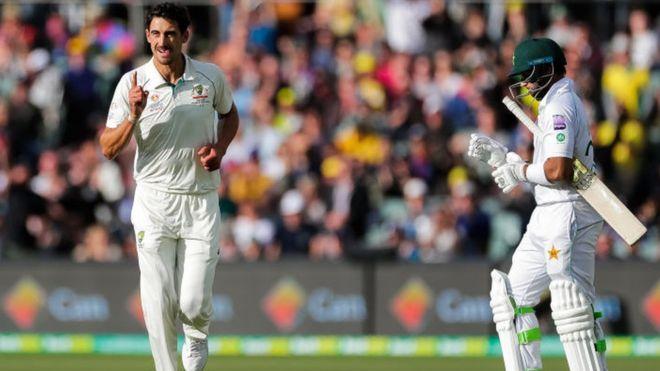 پاکستان بمقابلہ آسٹریلیا: ایڈیلیڈ ٹیسٹ میں آسٹریلیا کے 589 رنز کے جواب میں پاکستان کو چوتھا نقصان اسد شفیق کی صورت میں اٹھانا پڑا