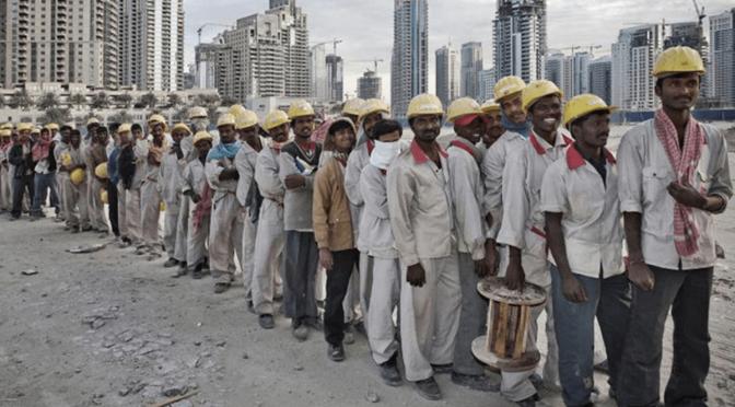 سعودیہ میں نوکری کیلئے نیا قانون نافذ، لاکھوں پاکستانی بھی متاثر